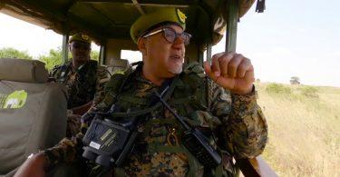 Ministri i Turizmit i Kenisë, Najib Balala është tani një Ranger i Kafshëve të Egra