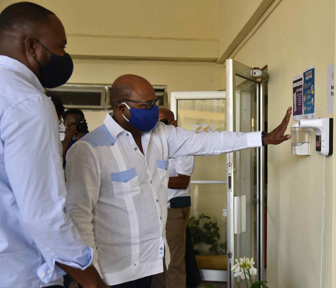 Tuân thủ hoặc ngừng hoạt động: Bộ trưởng Du lịch Jamaica cảnh báo các khách sạn và khu nghỉ dưỡng