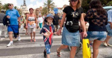 La industria del turismo en España tendrá dificultades a medida que se eliminan los corredores de viaje del Reino Unido