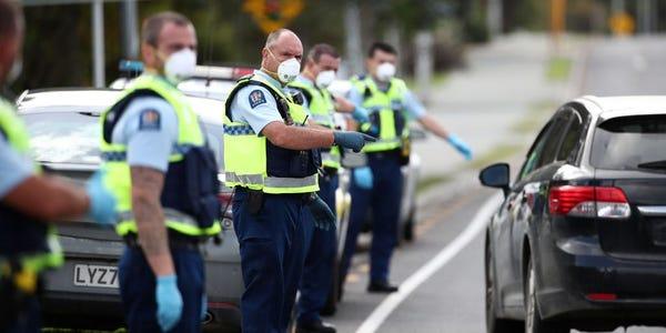 ニュージーランドの裁判所は、最初の国内COVID-19封鎖を違法と裁定しました
