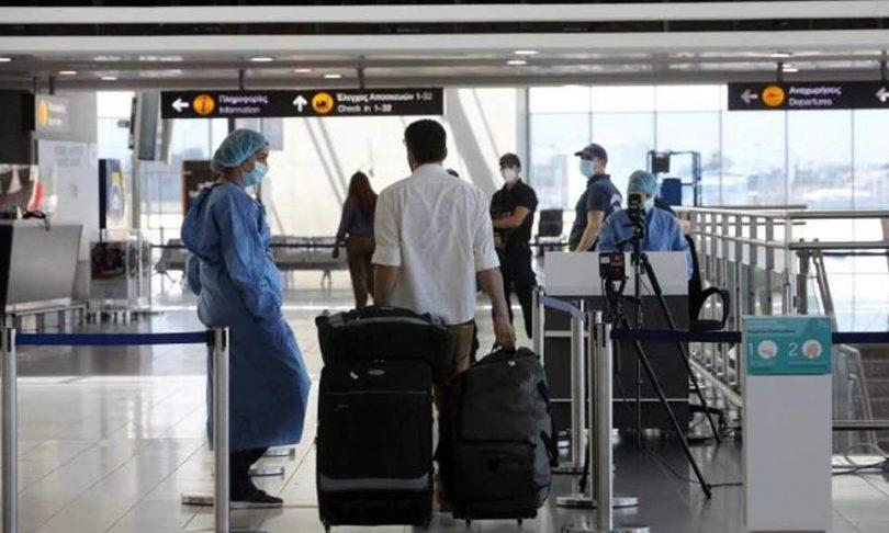 Cypern gør ansigtsmaske obligatorisk, øger COVID-19-test i lufthavne