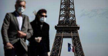 Das Tragen von Masken im Freien kann in Paris obligatorisch werden