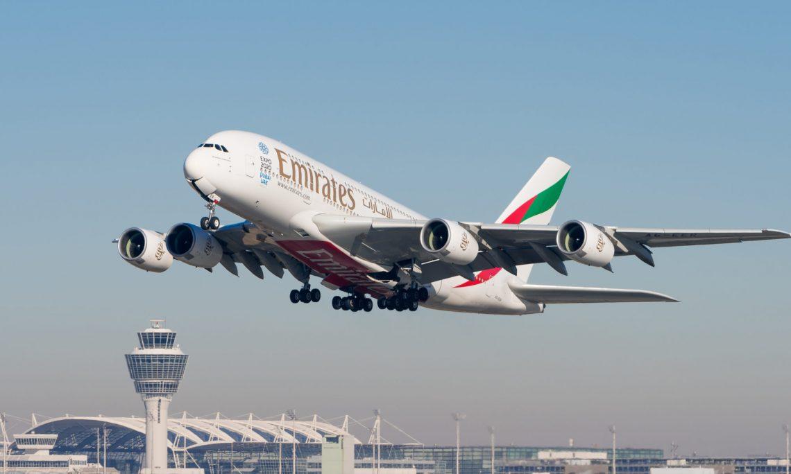Dubai nei Toronto wer op Emirates A380
