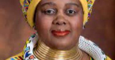 Wanita Berharga untuk Afrika: Bagaimana Menteri Pariwisata Afrika Selatan memandangnya?