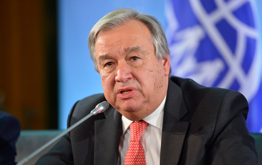 O secretário-geral da ONU, Antonio Guterres, joga a toalha na indústria do turismo