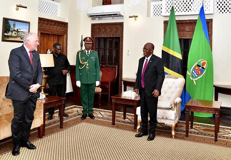 سفیر جدید ایالات متحده در تانزانیا سرانجام تور وظیفه را آغاز می کند