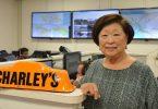 Chaos o loʻo puleaina Hawaii: O Charley Taxi CEO na lava ma tautala