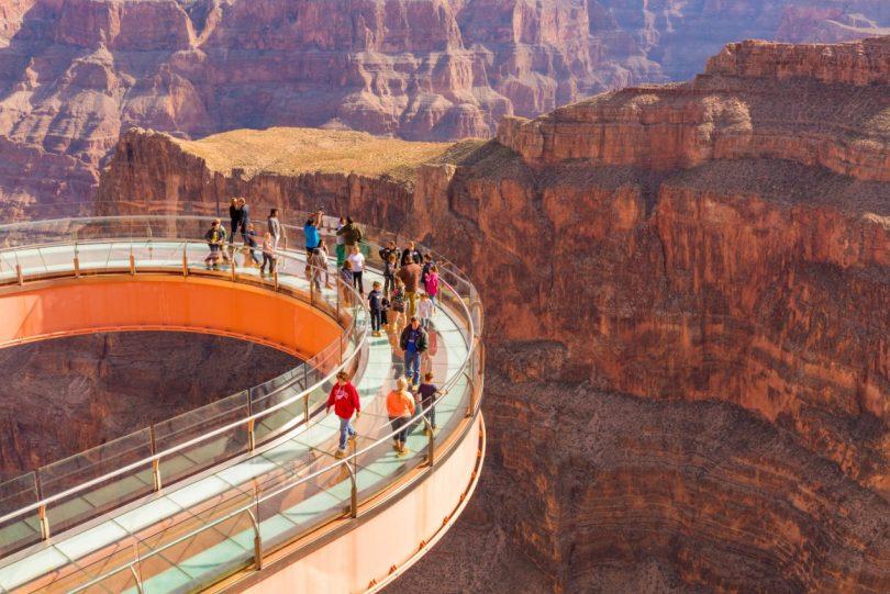 Grand Canyon Resort Corporation njofton CEO të Përkohshëm