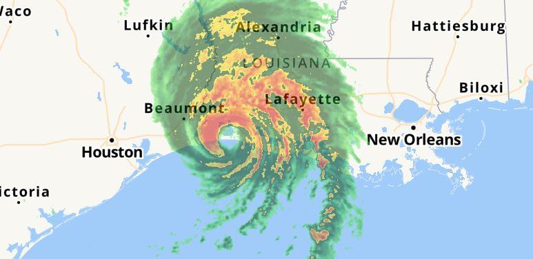 Monster Hurricane удря Луизиана с ветрове от 241 км / ч