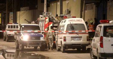 Al-Qaida Terror Attack op Elite Hotel stierft 16, blesséiert 28