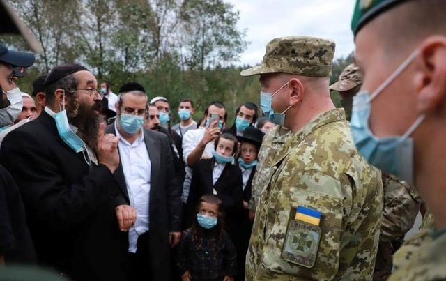 Jewish pilgrims stuck between Belarus and Ukraine over COVID-19 restrictions