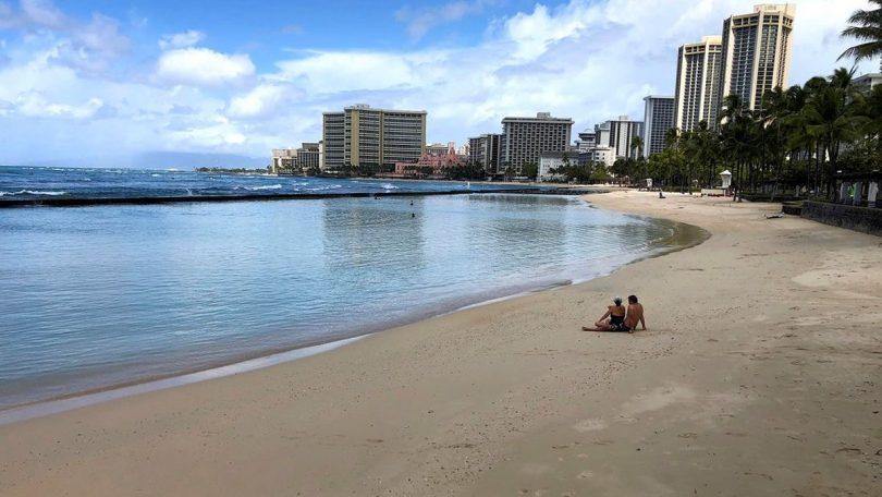 ハワイ観光:97.6月の訪問者数はXNUMX%急落