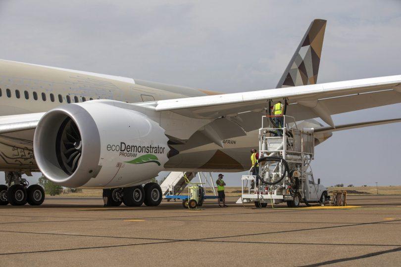 Boeing a Etihad Airways pozvedly udržitelné letecké palivo na další úroveň