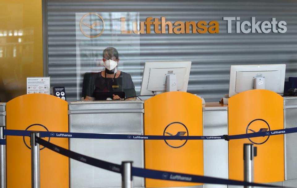 Lufthansa: 2.7 miliarda euro zwrotu już zapłaconych biletów