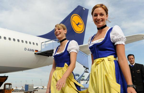 Lufthansa Trachtencrew flights take off again this year