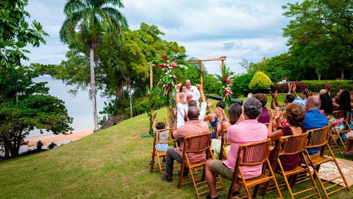 Wedding fan Jamaika: Yntym, prachtich en ûnferjitlik