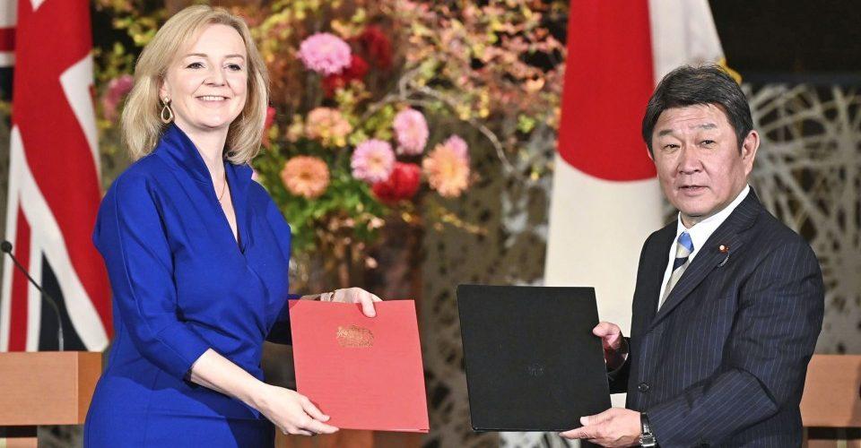 Reino Unido e Japão assinam acordo de livre comércio pós-Brexit