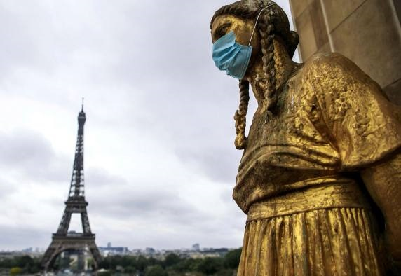 Up to 100,000 new cases daily: Second COVID-19 wave hits France