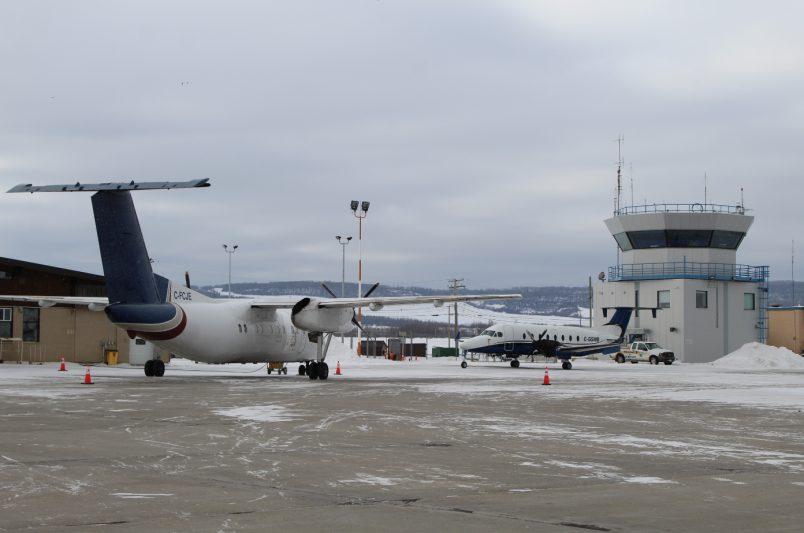 कनाडा के हवाई अड्डों को उम्मीद है कि 2021 में भारी शुल्क बढ़ेगा और सेवा में कटौती होगी