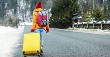 लगभग आधे अमेरिकी शीतकालीन यात्रा की योजना बना रहे हैं