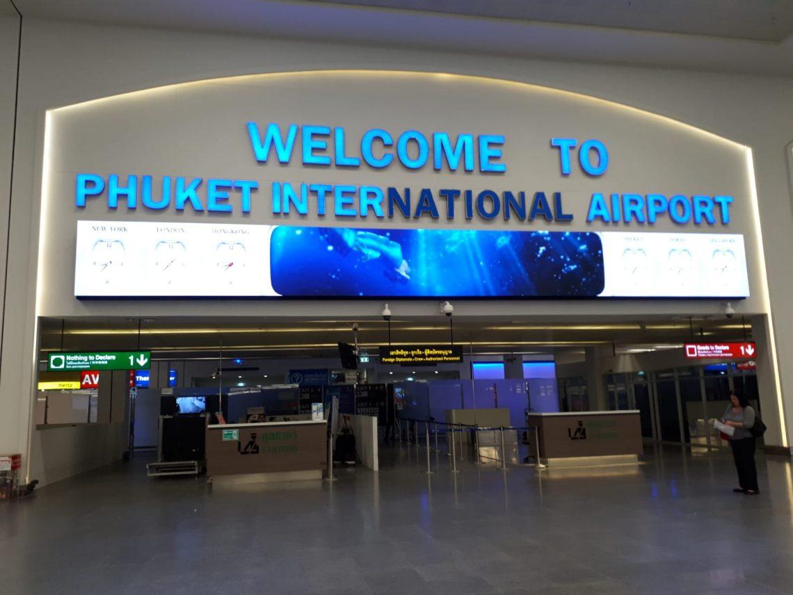 Reabertura do turismo estrangeiro adiada em Phuket