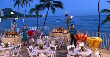 Outrigger Hotels and Resorts na Havaji a Thajsku: Usmíval se za maskou
