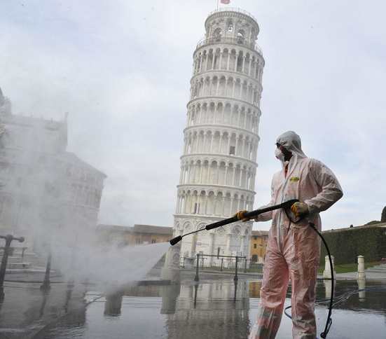V Taliansku sa zvyšuje nákazová krivka COVID-19