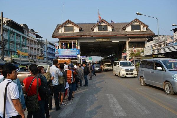 Тайланд затяга граничния контрол на Мианмар поради COVID-19