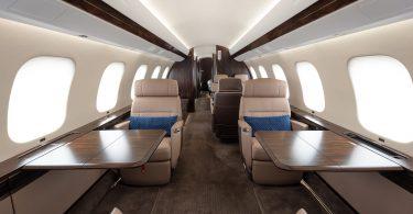 Phenix Jet dia mandray ny fiaramanidina Bombardier Global 7500 voalohany