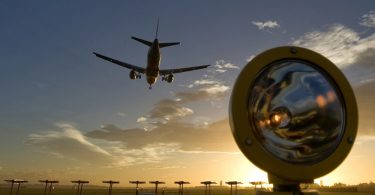 Rrugët dhe ACI World bashkohen për të mbështetur rindërtimin e lidhjes ajrore