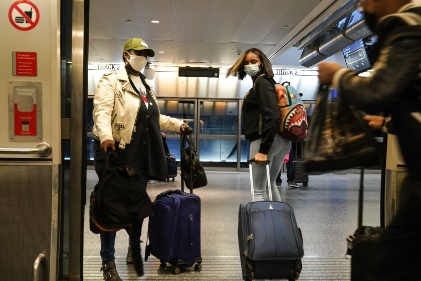 Thanksgiving holiday will not offer instant boost for US domestic tourism