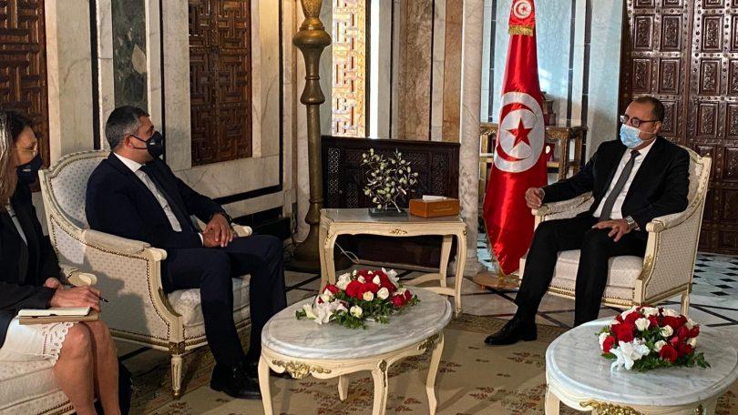 Az UNWTO tunéziai magas szintű látogatásának beruházásaira és oktatására összpontosít