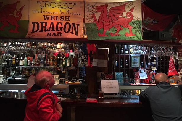 COVID-19 Prohibition: Wales bans alcohol in pubs and bars