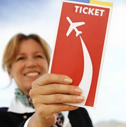 US travel agency air ticket sales still down