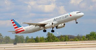American Airlines adds Orlando and Tampa flights