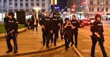 ウィーンのイスラム教徒のテロ攻撃で数人が死亡、多くが負傷