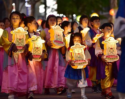 Korea's lantern lighting festival becomes UNESCO Intangible Cultural Heritage of Humanity