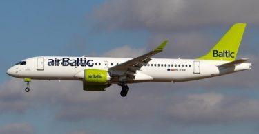 Chorus Aviation mengirimkan dua pesawat Airbus A220-300 ke airBaltic