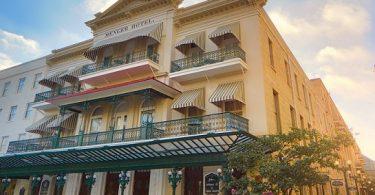 Hotelhistorie: Menger Hotel