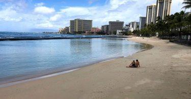 Hotely na Havaji: Prosincové tržby, denní sazba a obsazenost se podstatně snížily