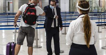 Les touristes pourront visiter Chypre sans restrictions de quarantaine si, à leur arrivée, ils n'ont pas de résultat de test positif pour COVID-19