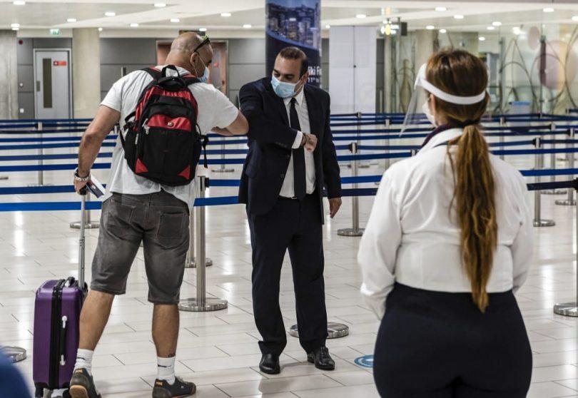 Οι τουρίστες θα μπορούν να επισκεφθούν την Κύπρο χωρίς περιορισμούς καραντίνας εάν κατά την άφιξη δεν έχουν θετικό αποτέλεσμα δοκιμής για το COVID-19