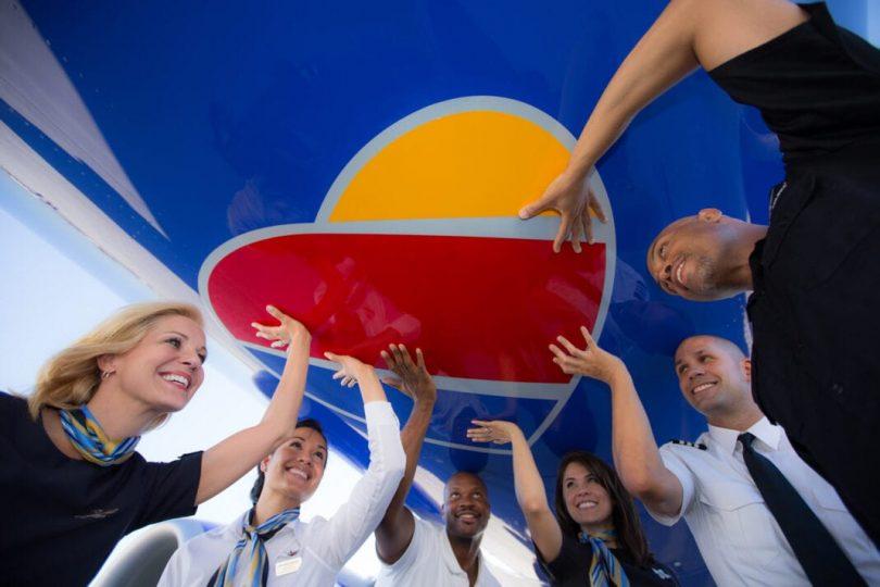 Southwest Airlines dia nanondro ny toerana tsara indrindra hiasana amin'ny fitoviana LGBTQ amin'ny taona manaraka