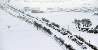 Eight people dead, thousands stranded as huge snowstorm hits Japan