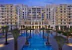 Mae Ynys Hilton Abu Dhabi Yas yn agor ei drysau i westeion