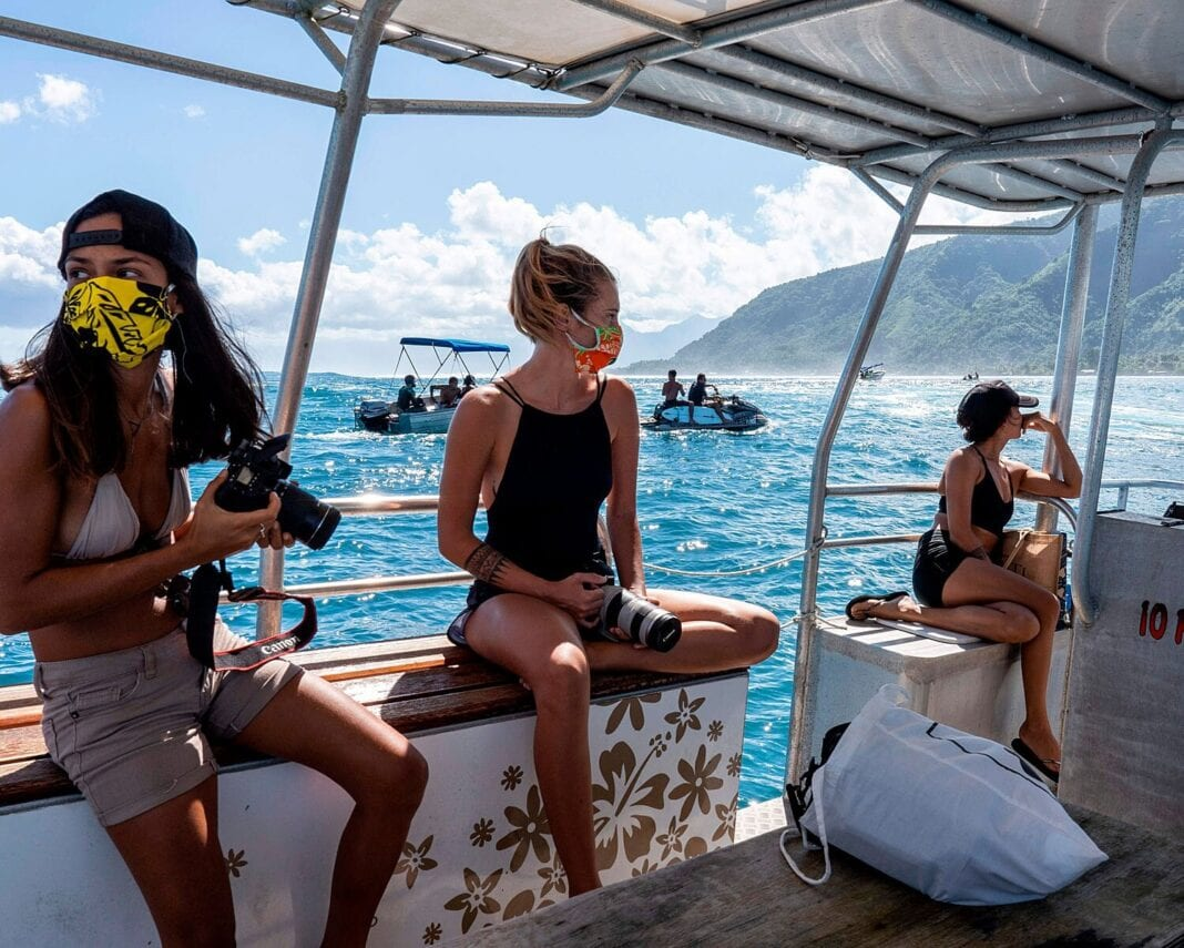 French Polynesia closed to tourists
