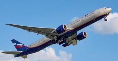 रूस आर्मेनिया और अज़रबैजान उड़ानों को फिर से शुरू करने के लिए