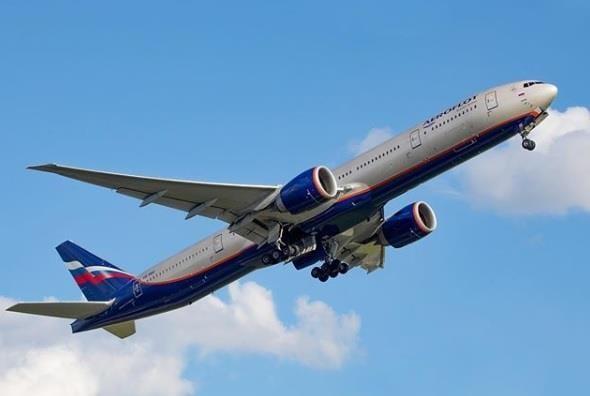 Rusland for at genstarte Armenien og Aserbajdsjan-flyvningerne