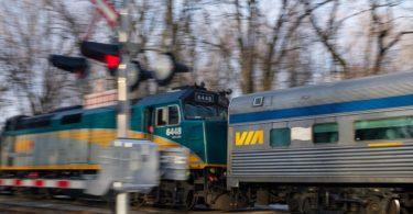 VIA Rail bi sendîkaya Unifor re digihîje peymanên demkî