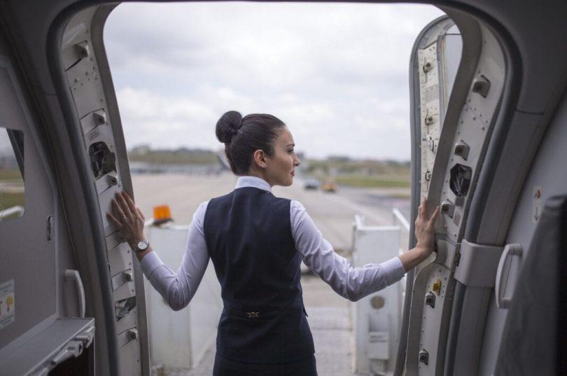 IATA ji bo karmendên karwanê balafirgeha bêserûber arîkariyê pêşkêş dike
